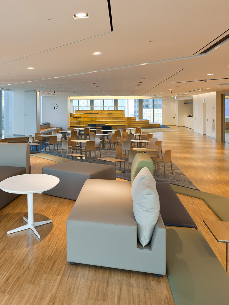 """Steven Leach Group's Seoul Office Designed LINA Life Insurance (Cigna)"""
